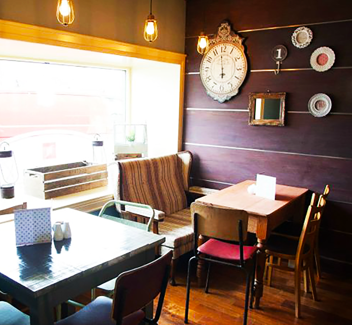 Cafe fitouts by Teamwoodcraft